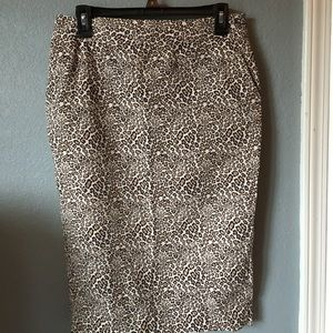 Liz Claiborne Pencil Cheetah Print Skirt